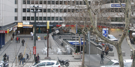 Juan manuel grijalvo madrid es un laberinto for Plaza los cubos madrid